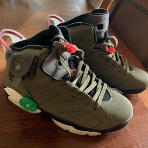 Travis Scott Jordan 6 Size 8.5